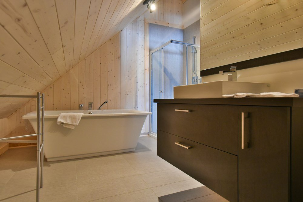 Chalet en bois rond Le Panache - Salle de bain