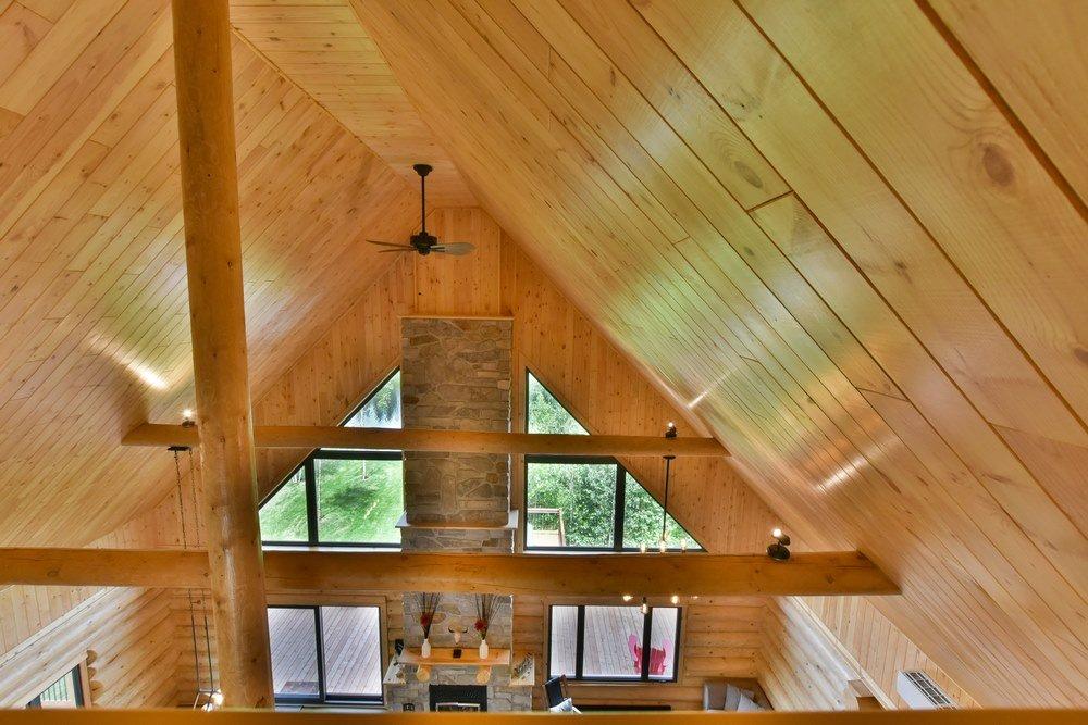 Chalet en bois rond Le Perséides - Vue sur le 3e étage
