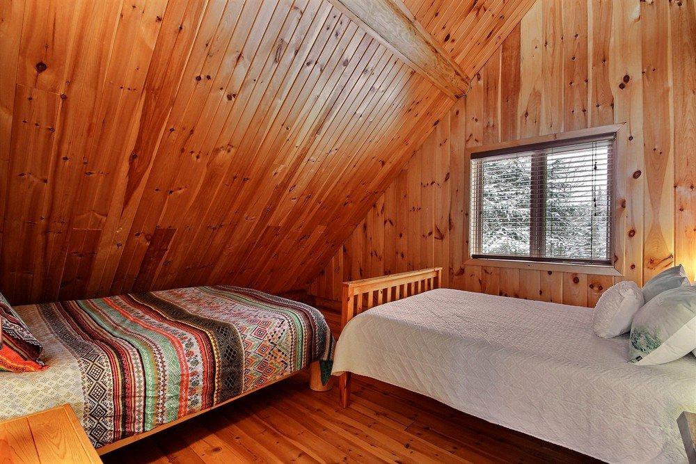Chalet en bois rond Le Pinecone - Chambre avec 2 lits