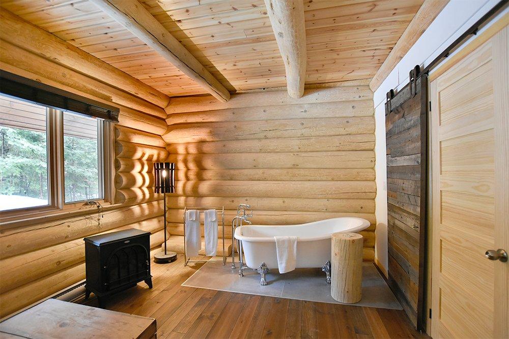 Chalet en bois rond Le Pinecone - Grande salle de bain