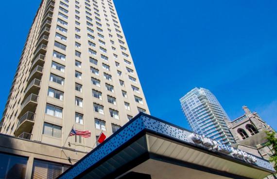 Century Plaza Hotel, Vancouver