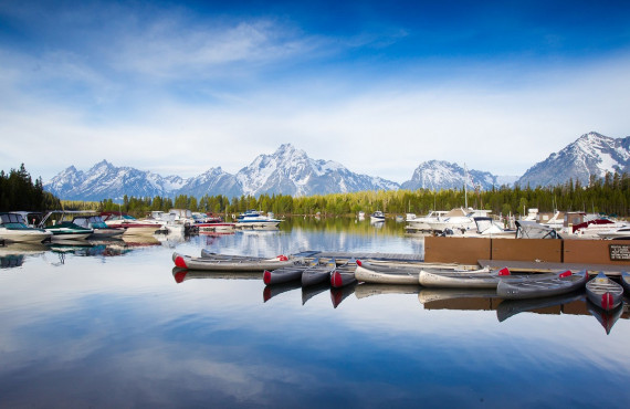 Explorer les beautés naturelles en Kayaks, Canoes