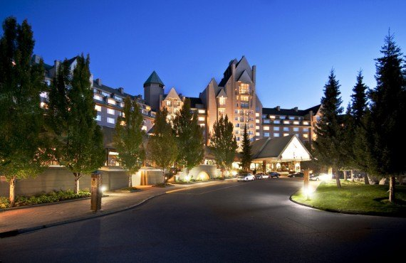 1-fairmont-chateau-whistler-ext1