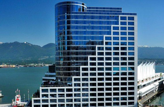 1-fairmont-waterfront-ext