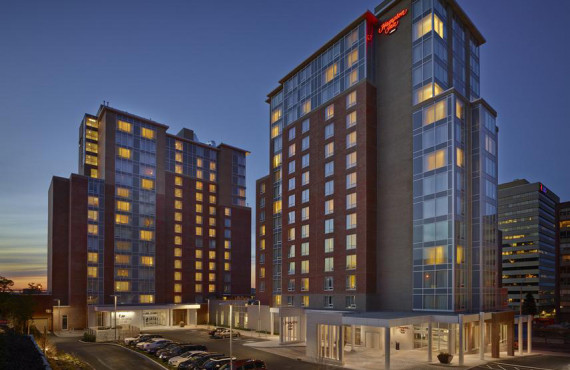 1-hampton-inn-downtown-halifax-ext.jpg