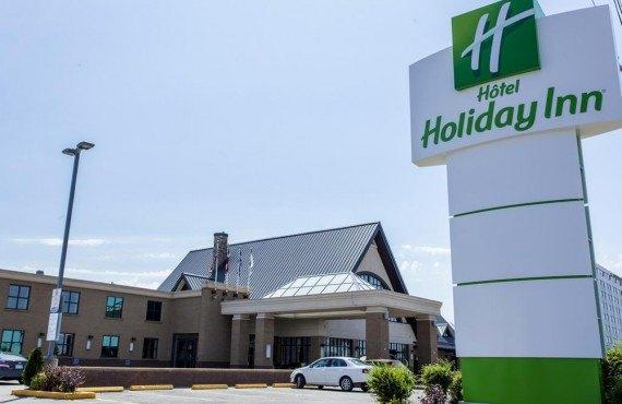 Holiday Inn Montreal Aeroport