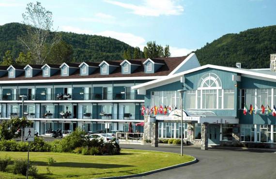 Hostellerie Baie Bleue, Carleton, QC