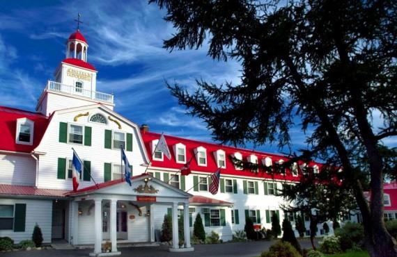 1-hotel-tadoussac-ext