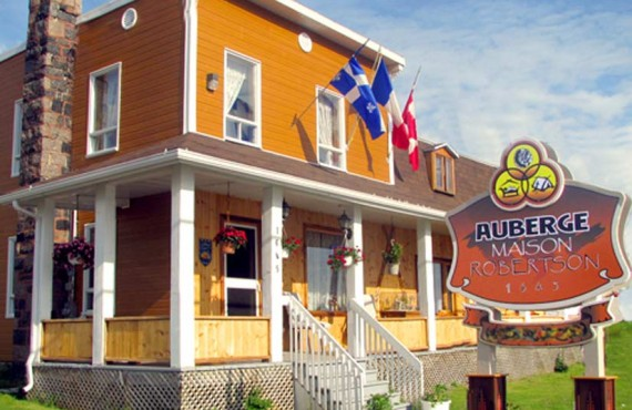 Maison Robertson - Lac St-Jean, Qc