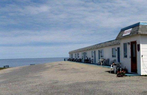 Motel Le Noroît - L'Anse-au-Griffon, Qc