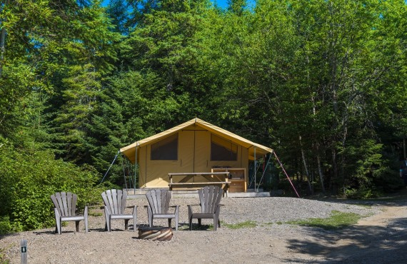 Tente Prêt-à-Camper, Rouyn-Noranda, QC