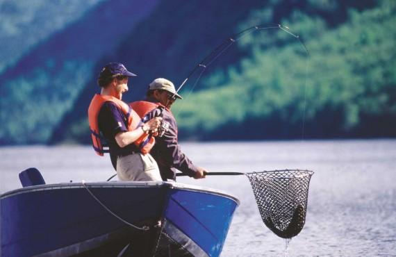 1-Tourisme-Quebec,-Craig-Ritchie-(Sortie-de-pêche).jpg
