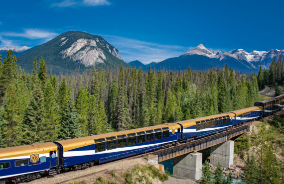 Train Rocky Mountaineer, Vancouver, BC