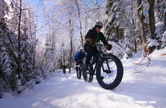 Vallée glaciaire en Fat bike - © Philippe-Jobin