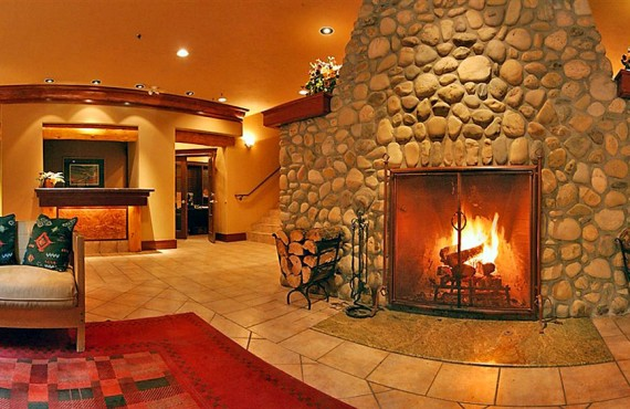 Banff Cariboo Lodge & SPA - Foyer