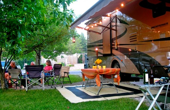 Camping Ivy Lea KOA - terrain pour camping-car