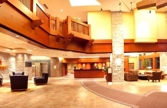 Crystal Lodge - Lobby