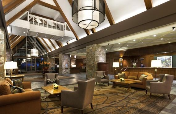 2-fairmont-chateau-whistler-lobby