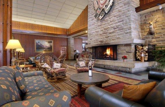 Fairmont Jasper Park Lodge - Lobby