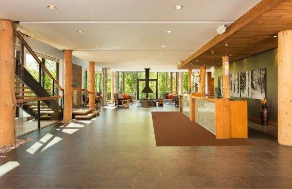 Hôtel Musée Premières Nations - Lobby