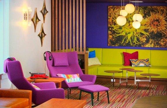 2-hotel-zed-victoria-lobby