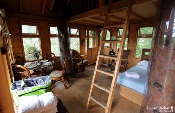 2-interieur-cabane-arbre