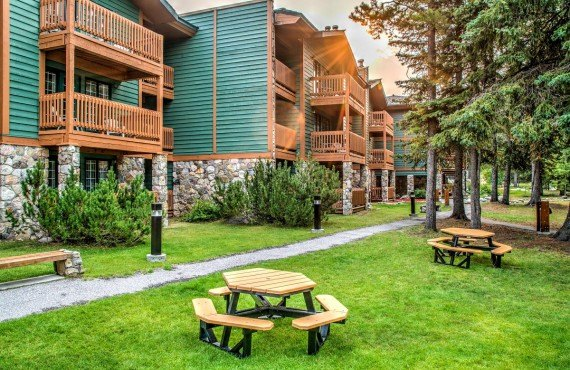 Lake Louise Inn - Lake Louise, AB
