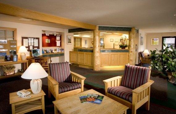 Marmot Lodge - Lobby