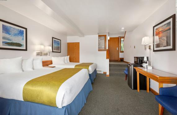 Loft 2 Queen Beds