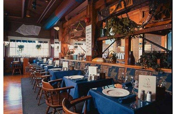 2-restaurant-fish-market-ottawa-interieur.jpg