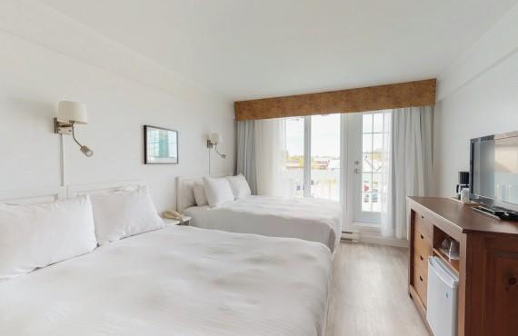 Room 2 Queen Beds