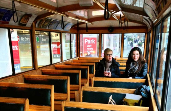 2-tour-ville-guide-vancouver-trolley.jpg