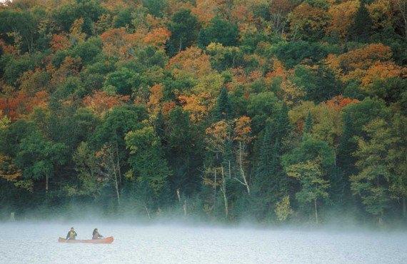 2-Tourisme-Quebec,-Jean-François-Bergeron---Enviro-Photo-(Parc-du-Mont-Tremblant-en-automne).jpg