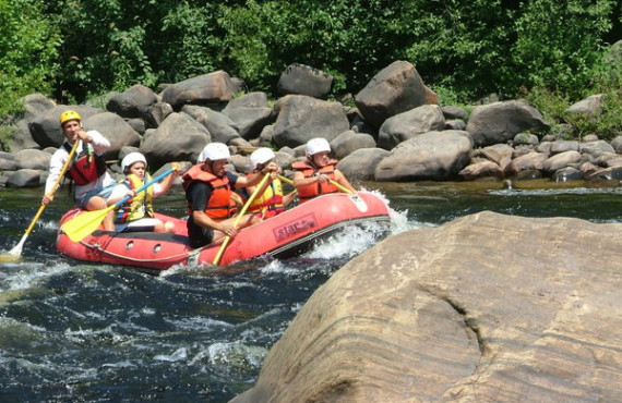 Rafting in family