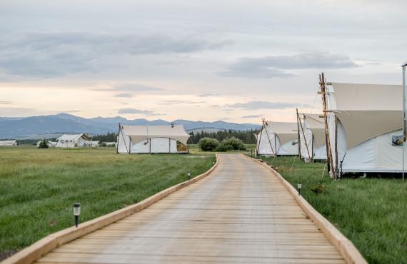 3-Under-Canvas-Yellowstone
