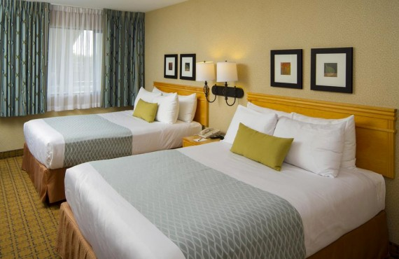 3-accent-inn-vancouver-airp