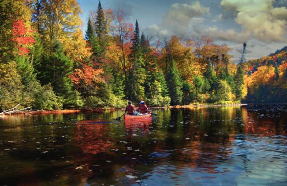 Descente de la rivière en canot