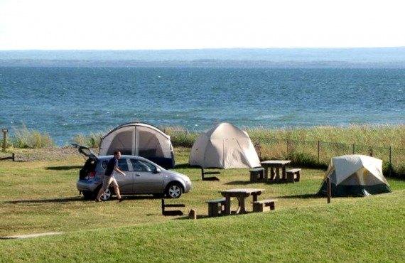 3-camping-carleton