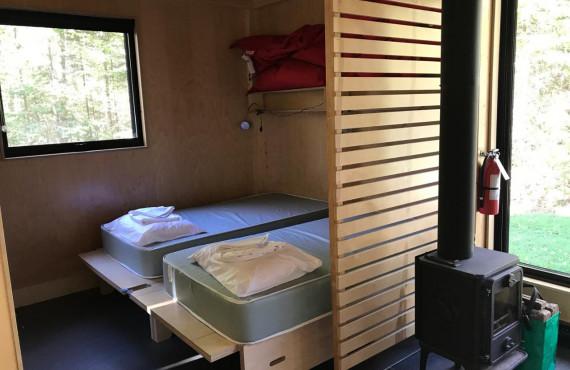 Chambre, poële à bois