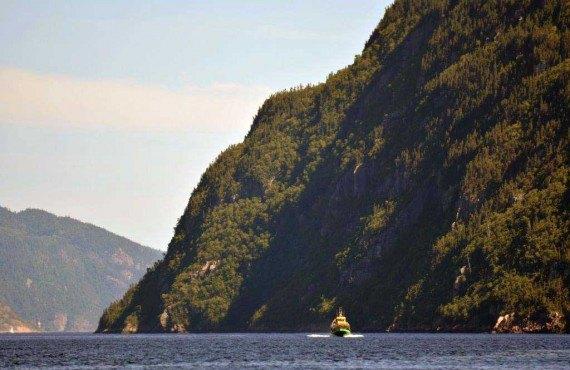 3-croisiere-fjord-saguenay.jpg