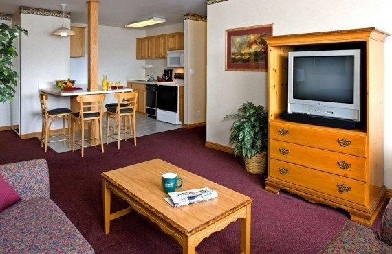 3-gray-wolf-inn-suites-cuisine