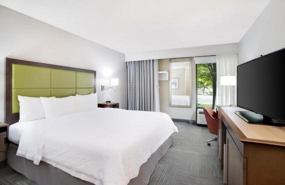 hampton-inn-lancaster-chambre-1-lit