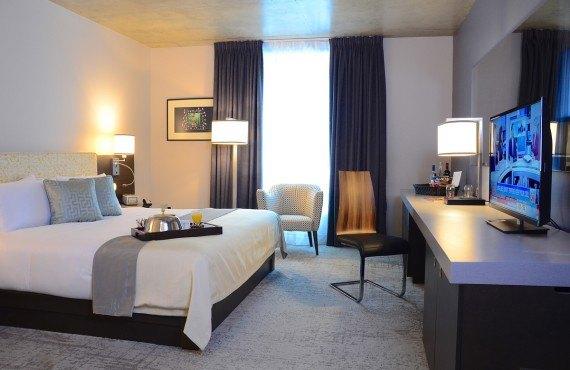 3-hotel-10-ch-king