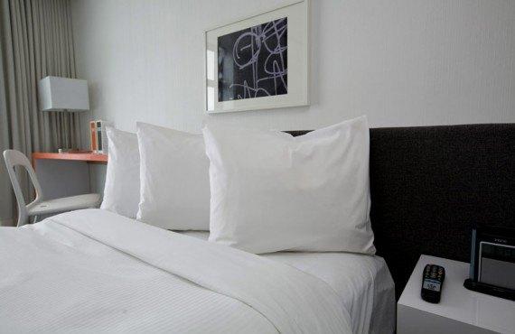 Hôtel Pur - Chambre lit Queen