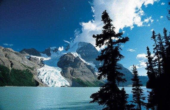 Mount Robson, British Columbia