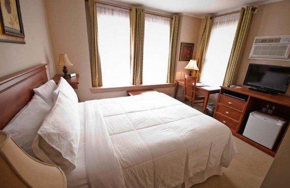 Sonata Inn - Chambre classique lit Queen