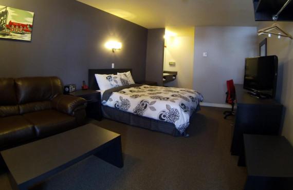 Chambre à 1 lit queen