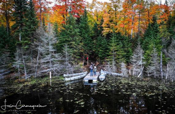 Balade en canot sur le lac Amishk