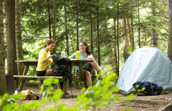 Camping tent pitch