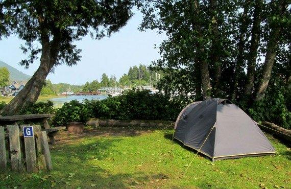 4-camping-ucluelet-vue-sur-port